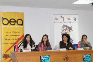 Hassina Khadad, Samar Hammadeh i Claudina Garcia moderades per Laia Mas. Fotografia: Javier Cid.